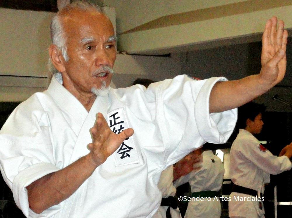 Amantes e interesados en acercarse al karate tradicional de Okinawa, tendrán una oportunidad de conocer algunas de sus katas o formas, gracias a un Gran Seminario de Cinco Formas de los estilos Goju Ryu y Uechi Ryu, con Sensei Heianna Zukeran, en la Ciudad de México.