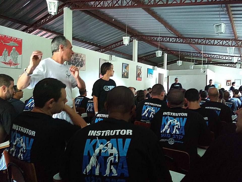 Motivados y con grandes planes de trabajo en puerta, regresó el grupo de instructores de la Federación Sudamericana de Krav Maga-México (FSAKM-México), luego de su viaje a Brasil donde asistieron a un Seminario Internacional para Instructores, el cual estuvo presidido por Gran Master Kobi Lichtenstein.
